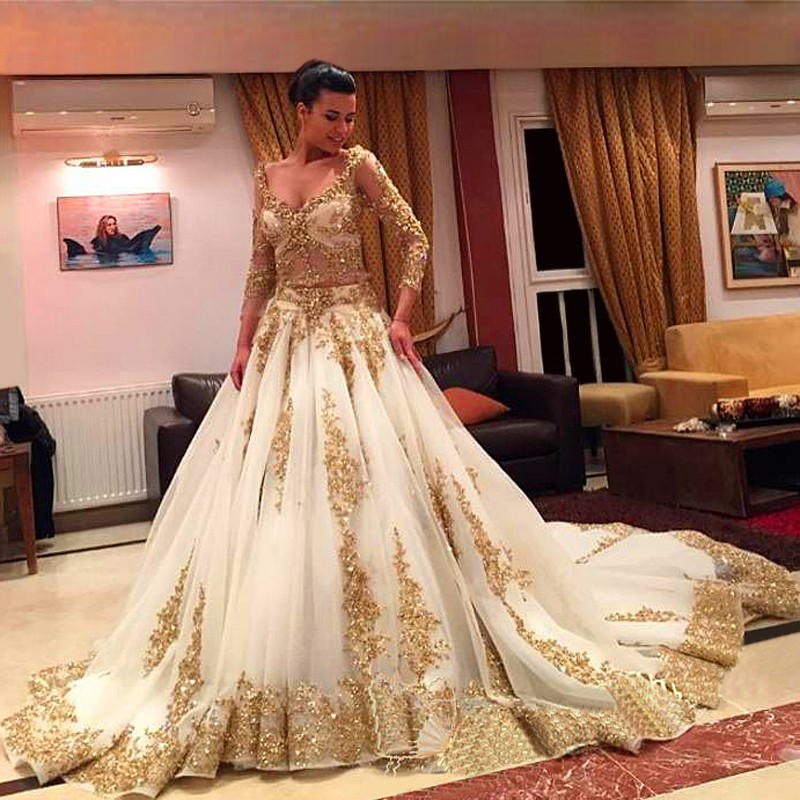 Middle East Gold Wedding Dress 2017 3 4 Sleeve Wedding Dresses With  Appliques Open Bust vestido de noiva Custom Made Zipper -in Wedding Dresses  from ... aed957931cf3
