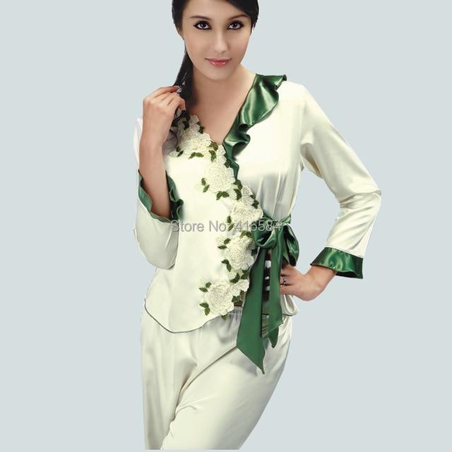 Элегантный женский атлас Pijama установить женщин пижамы шелковые отвесные сатинировки пижамы вышитые белая роза и зеленый листьев пояс
