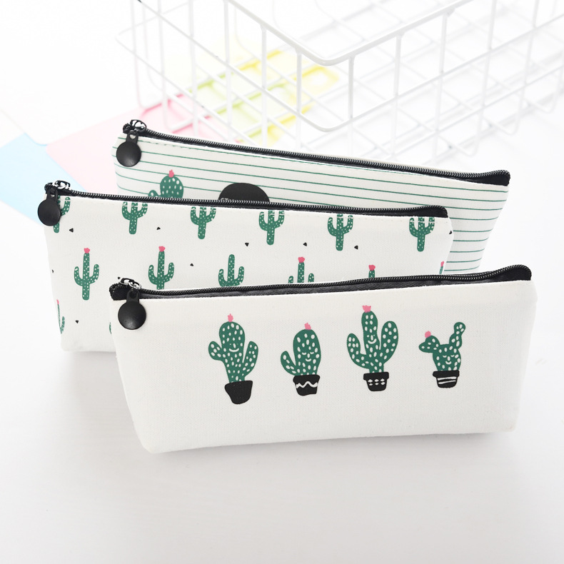eTya Women Girl Small Cosmetic Bag Fresh Canvas Make Up Makeup  Storage Pouch Purse Organizer Cute Cactus Students bags japanese pouch small hand carry green canvas heat preservation lunch box bag for men and women shopping mama bag