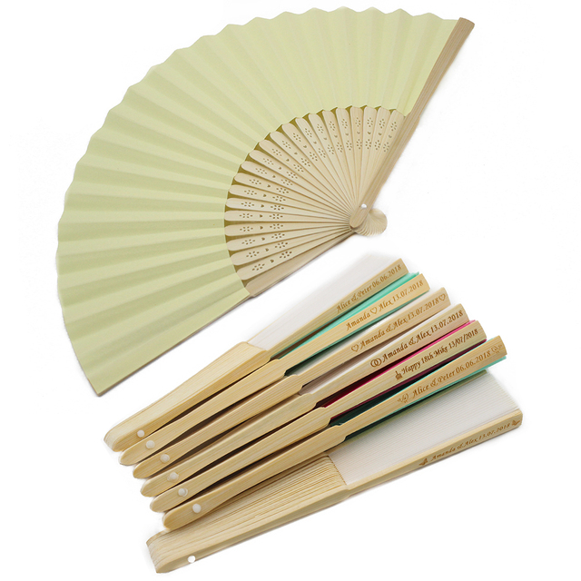 50pcs Personalised Engraved Folding Hand Paper Fan Fold Vintage Fans Outdoor Wedding Party Baby Shower Favors