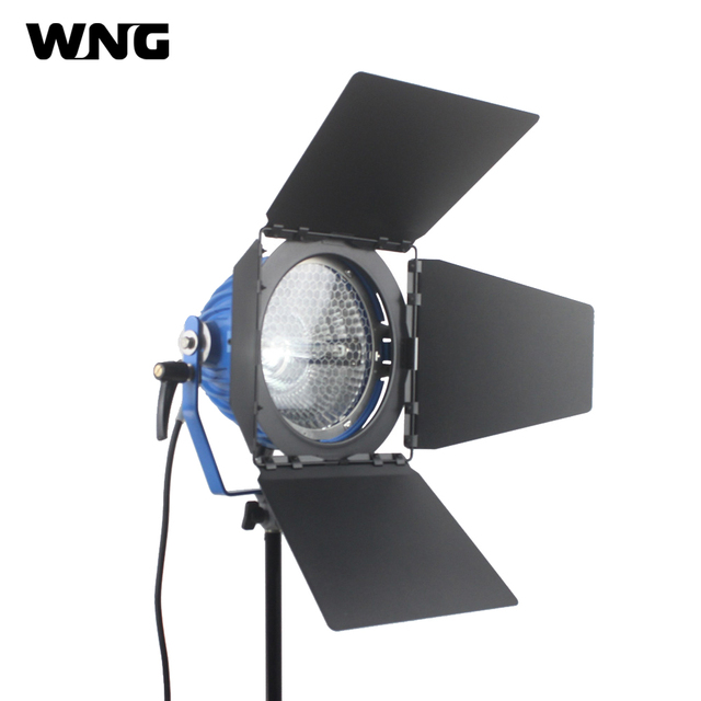 2000W 2KW Portable Tungsten Light With UV Protection Glass, 2000W Bulb and Barndoor for TV Studio Video Photograph