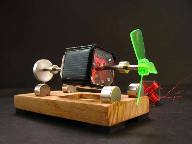 2e7b87c3b16 DIY kit de motor motor de levitação magnética em Mendocino motor de energia  solar brinquedo solar