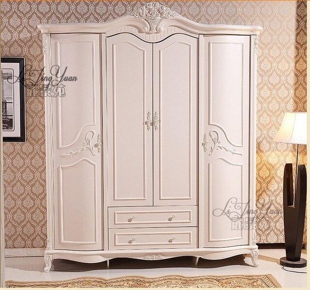 Cuatro puerta del armario guardarropa entero blanco Antiguo Europeo ...
