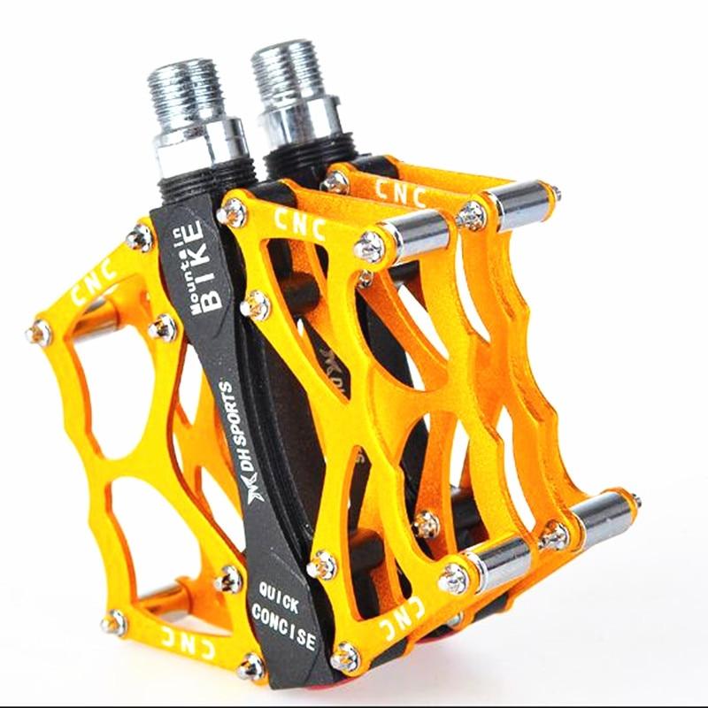 Q096 무료 배송 고품질 산악 자전거 페달 MTB 도로 자전거 밀봉 베어링 페달 초경량 자전거 페달, 4 색