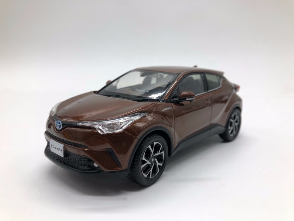1:30 Diecast Model for Toyota C-HR 2017 Brown SUV Alloy Toy Car Miniature Collection Gifts CHR C HR