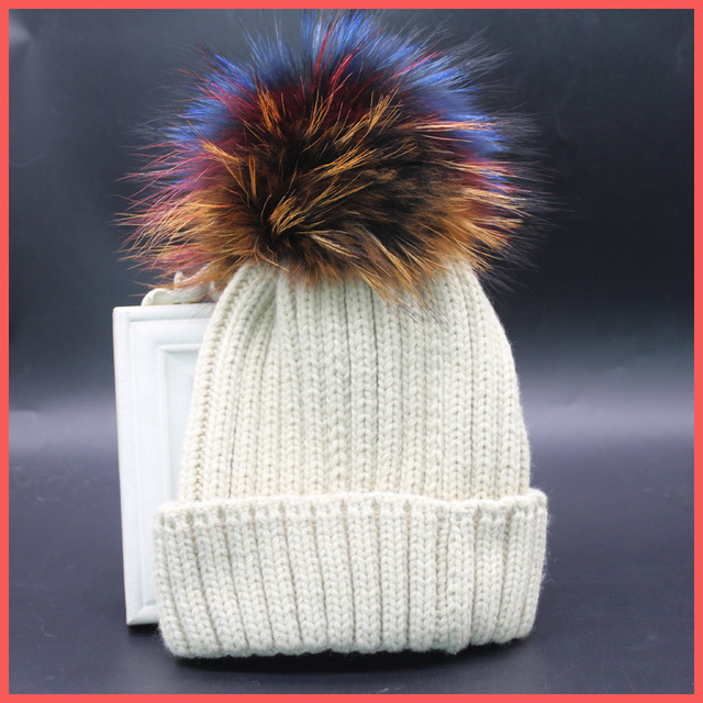 New 100% Raccoon Fur Autumn and Winter 15cm Ball Knitting Wool Cap Keep Warm Pointy Hat Woman Thickened Fashion Warm Skullies