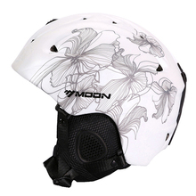 MOON Ski Helmet Ultralight CE Certification Integrally-molded Breathable Skateboard Ski Snowboard Helmet Size S/M/L/XL