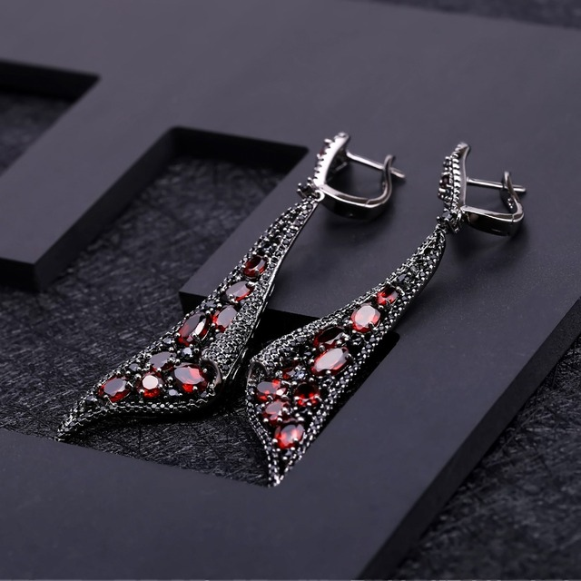 GEM'S BALLET Natural Red Garnet Gemstone Earrings 925 Sterling Sliver Vintage Gothic Punk Drop Earrings For Women Party Jewelry