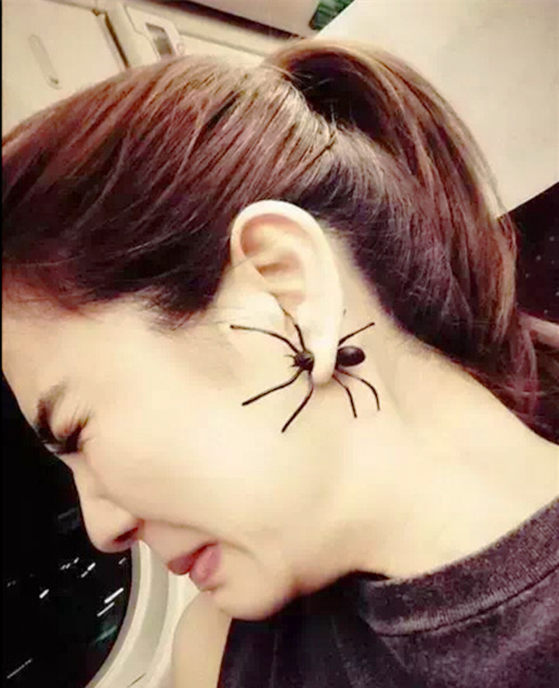 1pair 3d Creepy Black Spider Ear Stud Earrings Hot Selling Unique Punk  Earrings For Women 1a3013