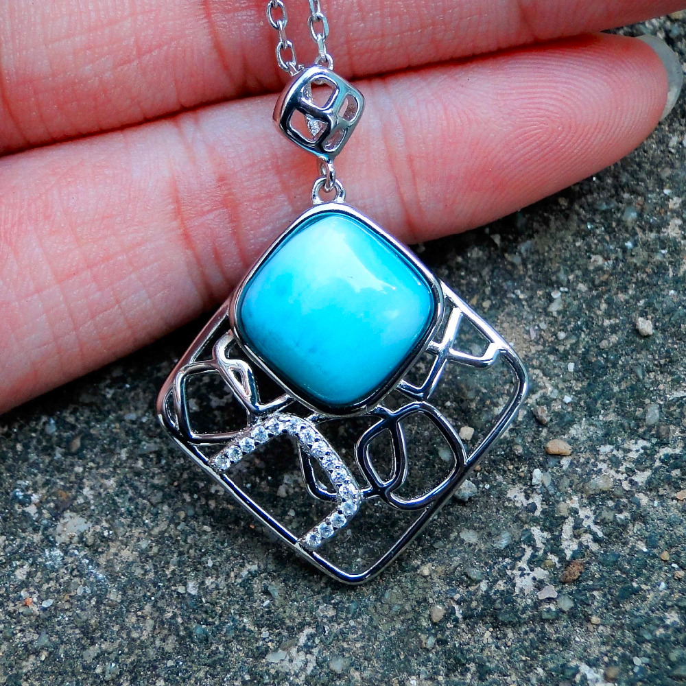 Ethnic style jewelry Holiday Traveling Woman Jewelry Natural Blue Larimar Stone Gem Pendant without Chain, Made in 925 Silver
