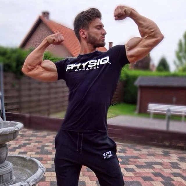 f7df77eb1ed6d9 2017 New Brand clothing Gyms Tight t-shirt mens fitness t-shirt homme Gyms  t shirt men fitness Summer top