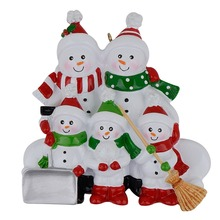 Resin Snowman Family Shovel of 5 Polyresin Christmas Tree Ornaments Personalized Gifts Home Holiday Decor Hand Painted Souvenir