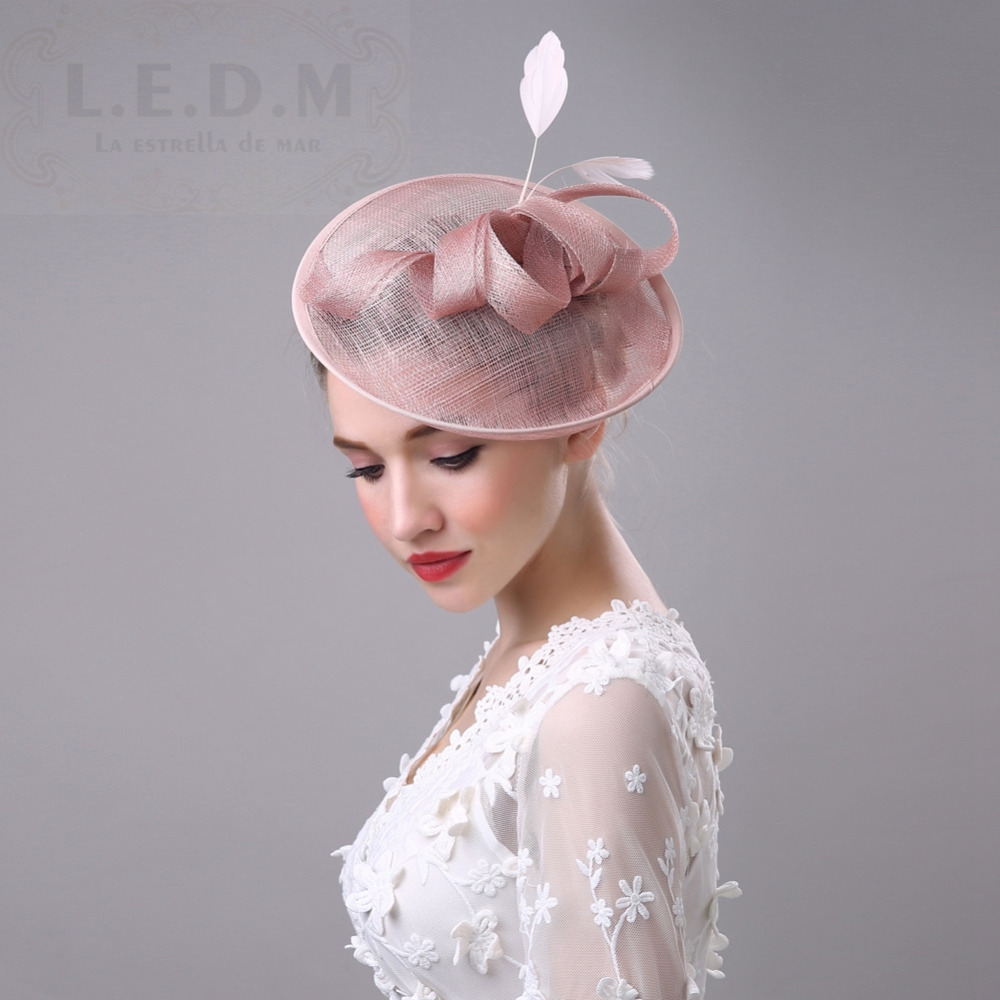 14bfa7e953f7b Wholesale High Quality Hair Fascinators Bow Feathers Hats For Wedding Mother  Of The Bride Hats Hoed Voor Bruiloft Vrouwen -in Bridal Headwear from  Weddings ...