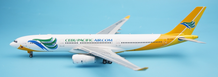 Special offer new WB MODELS 1:200 Cebu Pacific Airlines A330-300 RP-C3341 Alloy airplane model Collection model Holiday gift