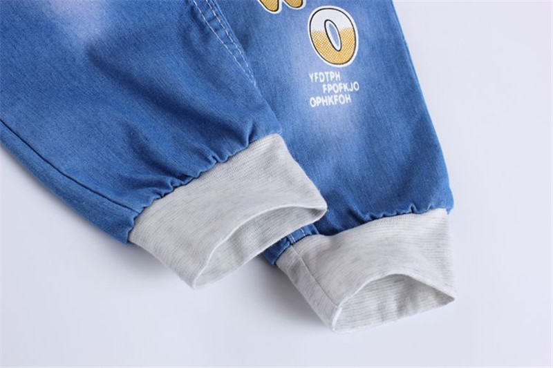 Jiuhehall-2016-New-Fashion-Kids-Jeans-Elastic-Waist-Straight-Cartoon-Jeans-Denim-Seventh-Pants-Retail-Jeans-For-Kids-2-5-Y-WB141-4