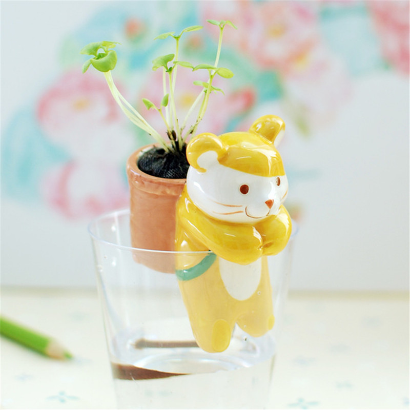 1Piece Free Shipping Self-Watering Animal Tail Planters /Lovely Potted Flower Small Ceramic Flowerpots Garden Table Decorations