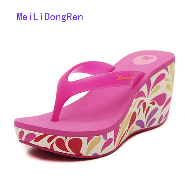 814db43e72ed Sweet Women Summer Beach Shoes Printed Wedge Sandals Platform Flip Flops  Ladies Jelly Slippers High Heels chaussure femme