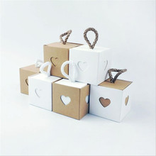 лучшая цена Heart-shaped small kraft Paper Box, White And Brown Cardboard Gift Box, Inside And Outside Kraft Paper Packaging Candy Box