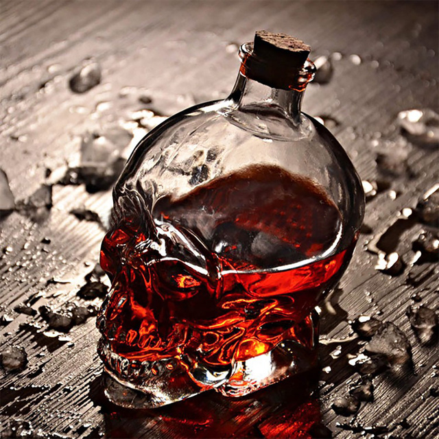 Creative Skull Shaped Eco-Friendly Glass Spirits Decanter