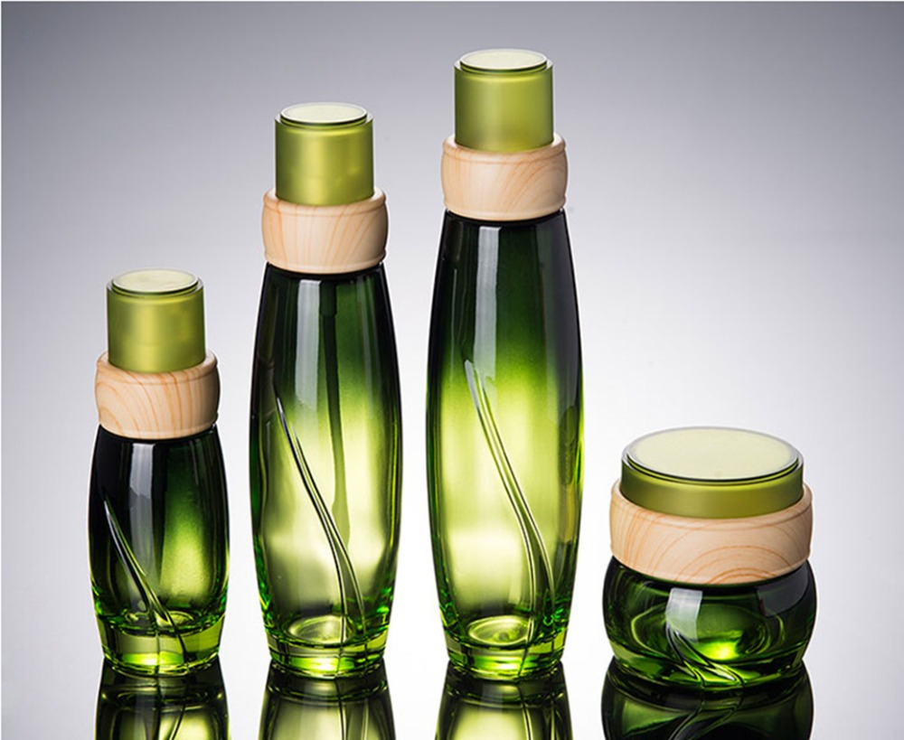 10PCS Wooden Design Emerald Green Glass Cream Bottle Jar 50g Glass Cosmetic Container Emulsion Lotion Pump