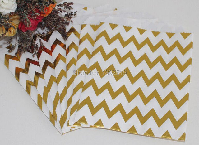 Free Shipping 500cps Foil Gold CANDY PAPER BAGS Chevron Gift Bag FOR SWEET  FAVOUR BUFFET WEDDING c71d2af8a7cd