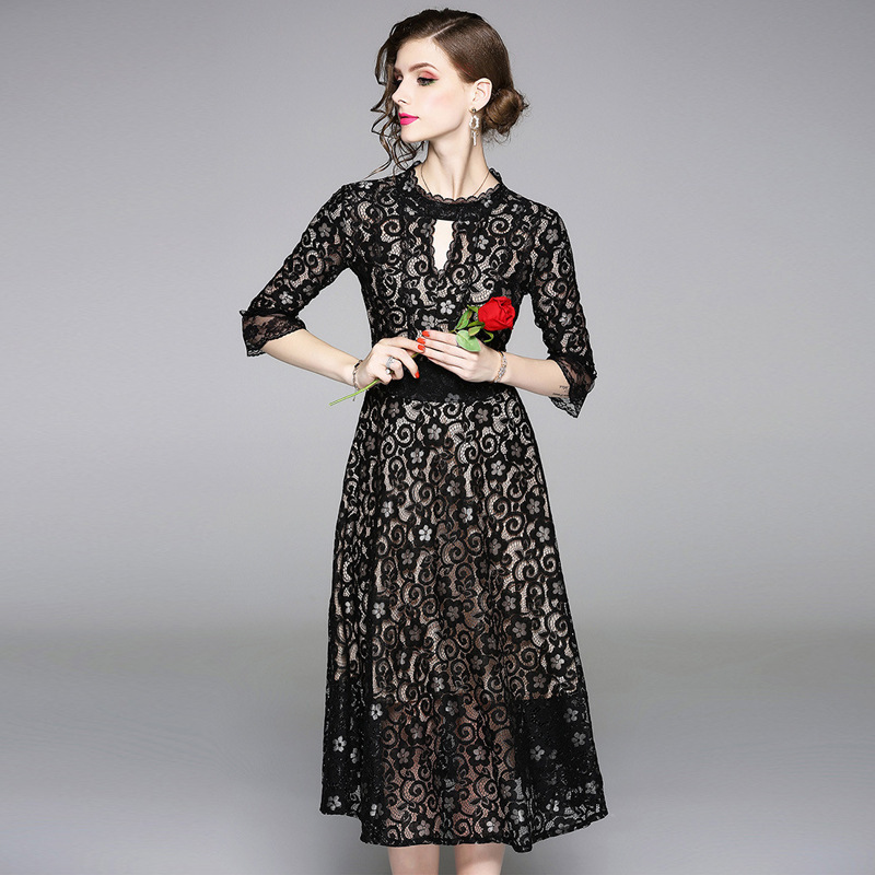 Springf and Autumn Fashion New Openwork Lace Dress Black Round Neck Embroidered