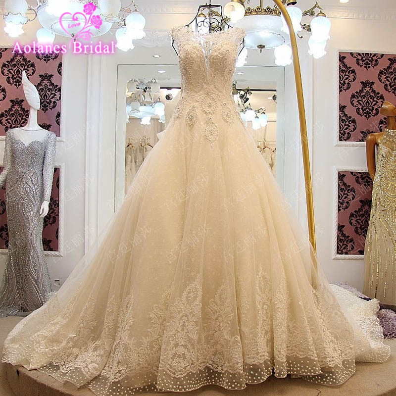 Luxury Full Appliques Bow Beaded Pearls Wedding Dress Sleeveless A Line 2017 Scoop Cathedral Train Wedding Dresses Real Photo