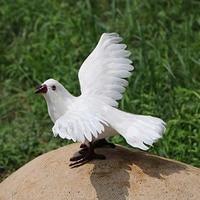 19*21*12 CM, haute Qualité De Mariage Colombes En Blanc, Gris Artificielle Plume Oiseaux Avec Griffe, Décoratif Faux Oiseau Pour DIY Décoration