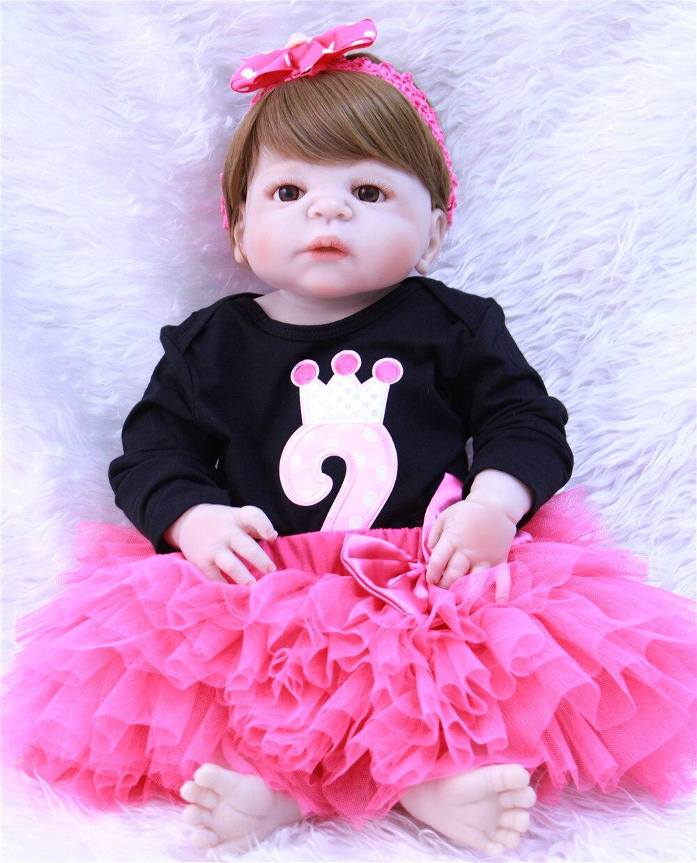 Silicone pieno Bambole Del Bambino Rinato Ragazza capelli Corti castani grande Bambini 57 cm Bambola BB Reborn Occhi bule Principessa Reborn i bambini boneca de