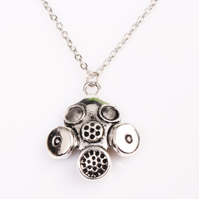 Fashion jewelry Wholesale 20pcs/lot Doctor Who ARE YOU MY MUMMY Gas Mask Necklace Pendants for Men Gift