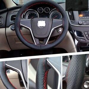 Image 1 - Osłona na kierownicę do samochodu 38cm 40CM ręcznie szyte DIY z mikrofibry osłona koła samochodu z igła i nić wyposażenie wnętrz