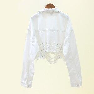 Image 4 - Herfst Streetwear Roze Vrouwen Witte Jeans Jasje Kralen Gat Korte Vrouwelijke Denim Jassen Lange Mouwen Losse Cowboy Uitloper