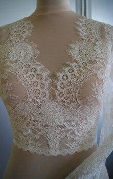Elegant Long Sleeve Lace Wedding Jacket Bolero Woman Bridal Tull Lace Appliqued Wrap Buttons Back Shrug Cape 2020 New Arrival
