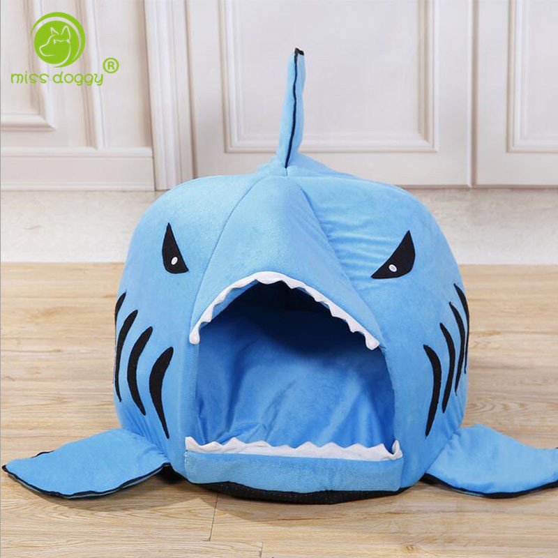2016 Shark Dog Bed Soft Chihuahua Kennel Dog House for Puppy Pets Cat Sleeping Bag Shape Products for Animal Removable 4 Colors