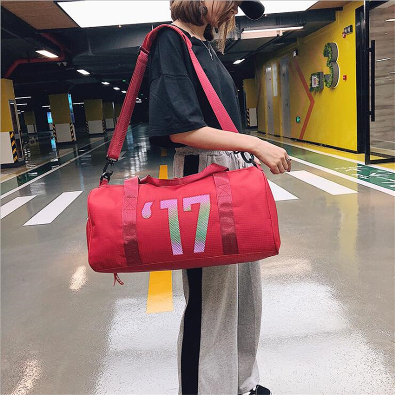 2019 Yoga Bag Woman Shoulder Dylinder Dry Wet Separation Sports Women Travel Bag Swimming Gym Bag Women Handbag Sports Bag Men