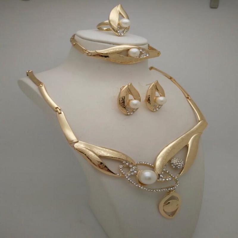 2018 изысканный Дубай золото Цвет комплект ювелирных изделий индийские ювелирные изделия в нигерийском стиле свадебные украшения из бисера устанавливает День матери подарок Дизайн