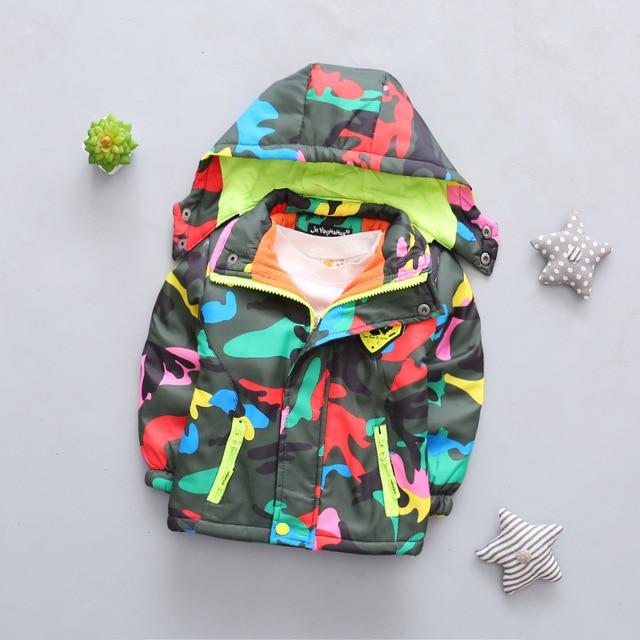 Для маленьких мальчиков весенняя куртка ветровка пальто Для мальчиков ясельного возраста Блейзер детская верхняя одежда плащ для детей Камуфляжный равномерное оформления