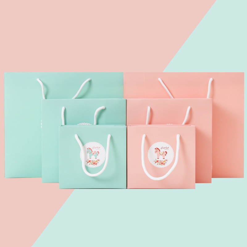 20 Pieces Lovely Pink Craft Paper Foldable Wedding Gift Carry Bag  Present Packing with Handle Candy Bags with Cute Horse