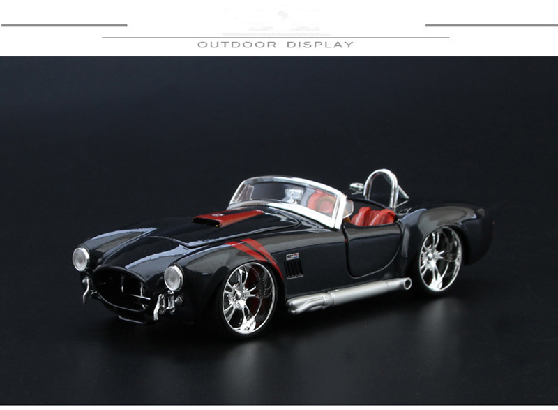 Super Sports Car Model Toys 1: 24 Scale Alloy Ford 1965 Shelby 427 Modified Classic Car Toys For Fans Children Collection Gifts
