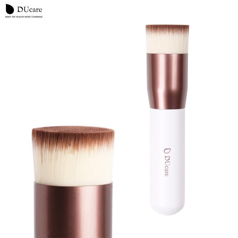 DUcare make up brush Kabuki Brush Flat Foundation Makeup brushes top quality foundation brushes super nice ducare kabuki brush flat foundation makeup brushes professional liquid foundation brush cosmetic tool pincel maquiagem 1 pc