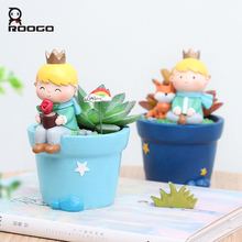 Roogo Cute Prince Succulent Planter Pots Resin Little Boy Flowerpot Bonsai Crafts Home Garden Yard Decor Birthday gifts