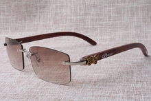 2017 new type Sizzling promoting beautiful trendy sq. rimless 3524012(A) crimson wood sun shades, measurement: 58-18-135 mm