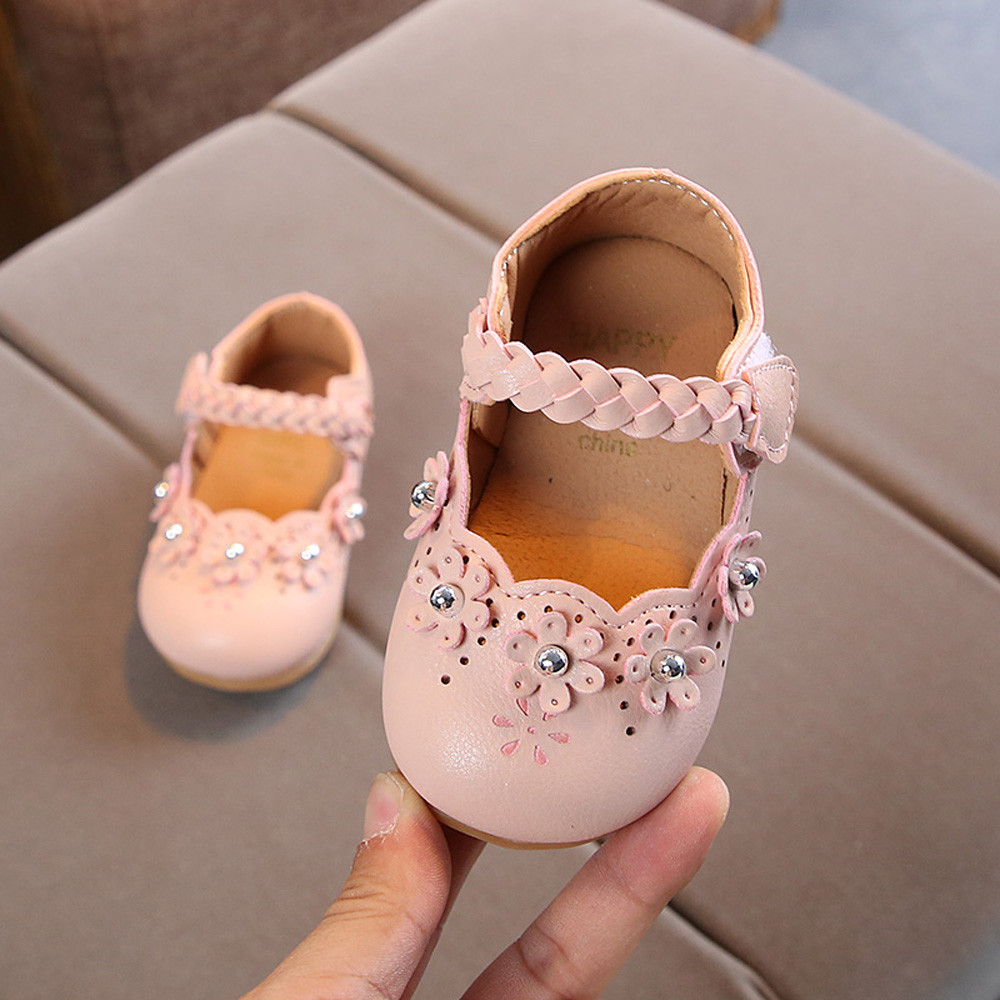 Toddler Girls Shoes Girls Summer 2020 Princess Casual Shoes Flowers Hollow Boat Shoe Pearl Girls Princess Sneakers Shoes
