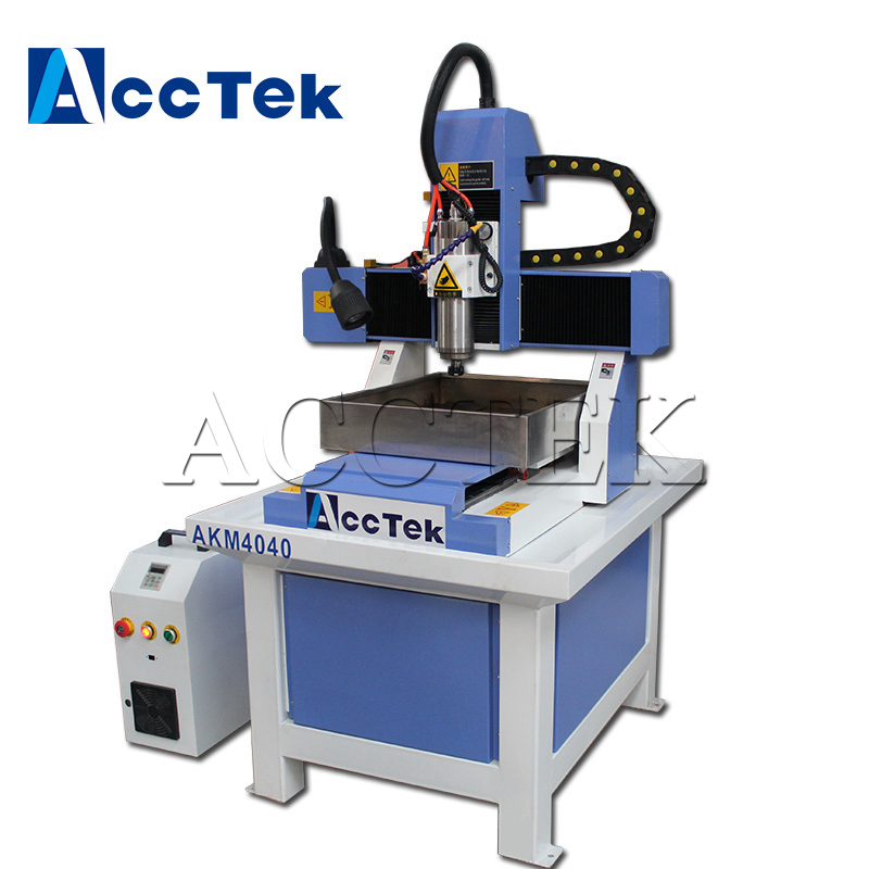 Machine de gravure de CNC en métal de haute précision AKM4040, routeur de CNC de moule en métal bon marché pour le métal