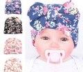 1 Unidades de La Moda Lindo Recién Nacido los Bebés Del Bowknot de la Flor Gorros Sombrero Cómodamente Hospital Caps Venta Caliente