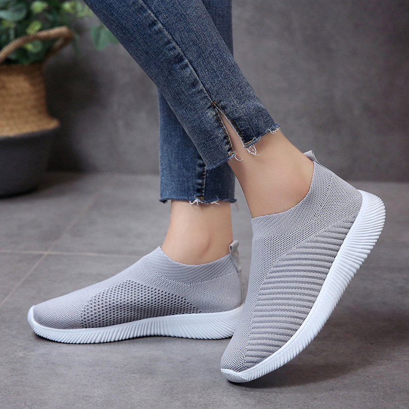 Women Casual Shoes Knitting Sock Flats Stretch Sneakers Slip On Ladies Shoes For Women Sneakers Plus Size 35-43 Black Sneakers  Women Casual Shoes Knitting Sock Flats Stretch Sneakers Slip On Ladies Shoes For Women Sneakers Plus Size 35-43 Black Sneakers