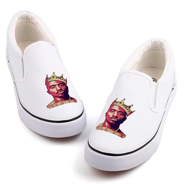 90fdf327f9d09 Hip Hop Music Star 2Pac Letter Print Canvas Loafers Men Streetwear Rock  Rapper Tupac Casual Shoes Flats Zapatillas Deportivas