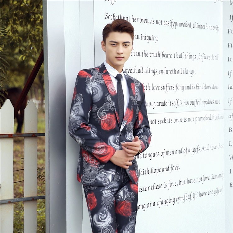 2019 New Men 's Printed Suit Slim Fashion Flowers Suits For Studio Wedding Photos Suits For