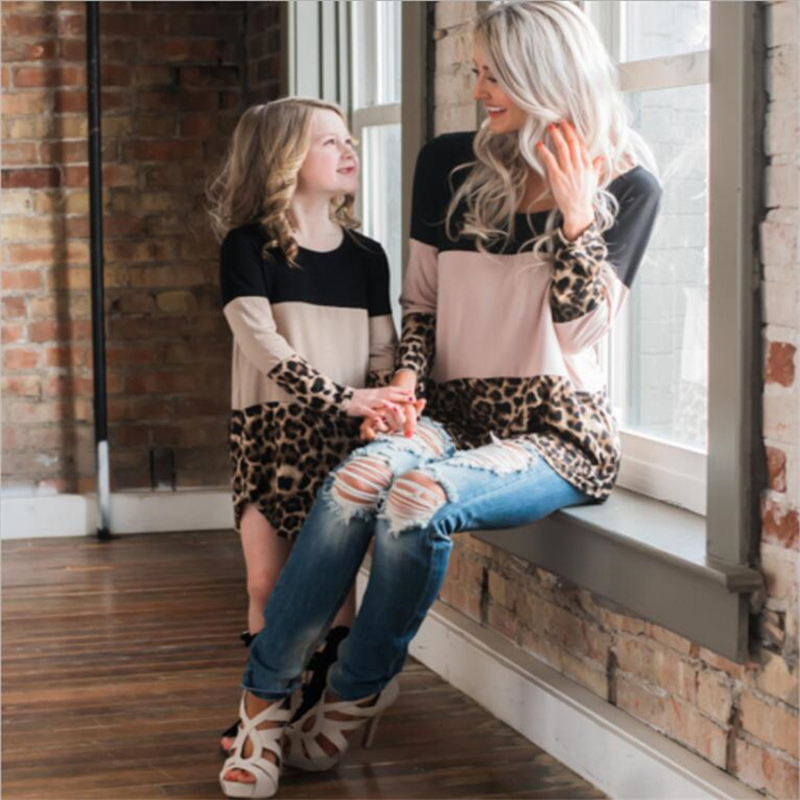 HTB16T4tacfrK1RkSnb4q6xHRFXar - LILIGIRL Mother Daughter Dresses Spring New Mommy and Me Dress for Family Matching Clothes Leopard Lace Mom Girl Dress