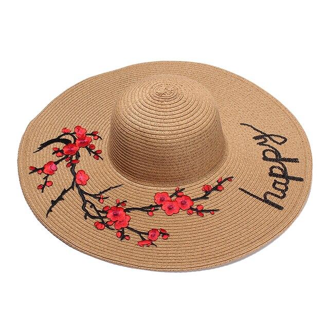 2017 Nuevos Sombreros de Verano Para Mujeres Flor de Lentejuelas Parche  Carta bordado Señoras Sol Sombrero 8df623697af0